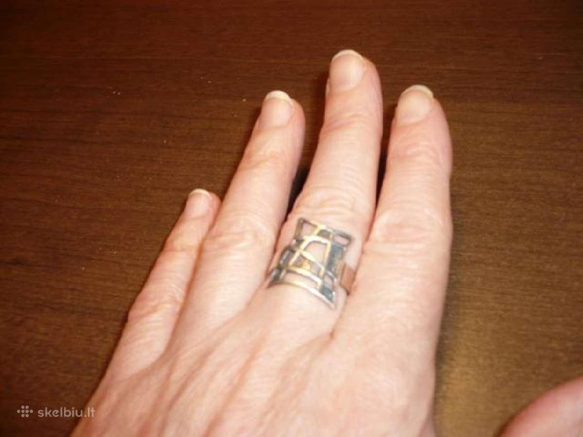 Ažūrinis sidabrinis žiedas