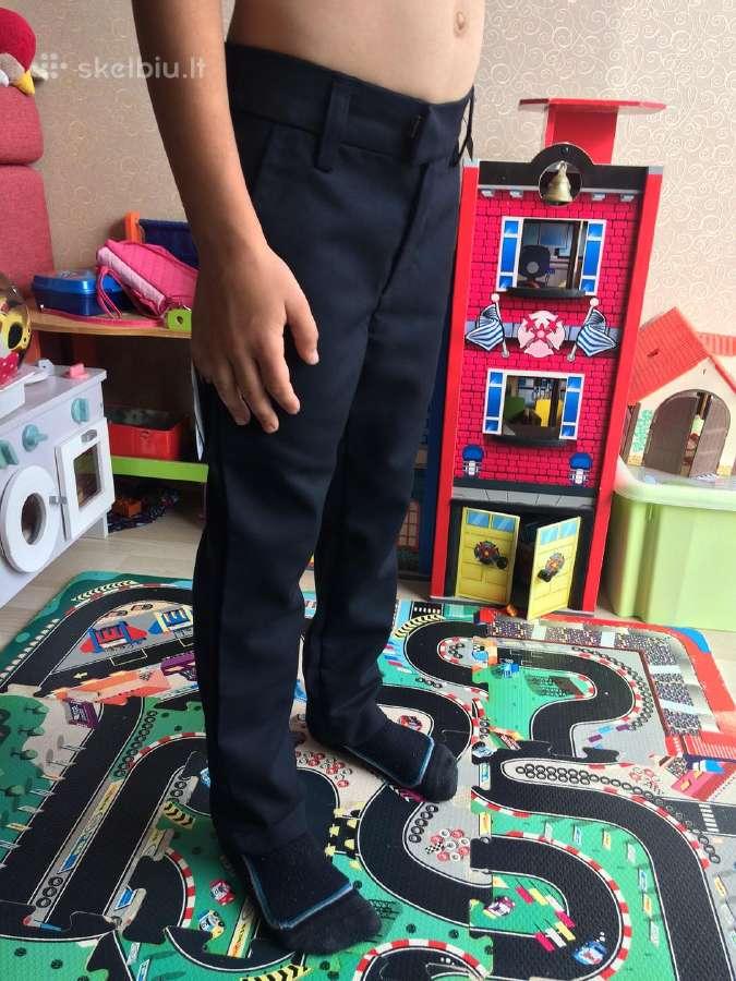 Next mokyklinis mėlynas megztukas ir kelnės