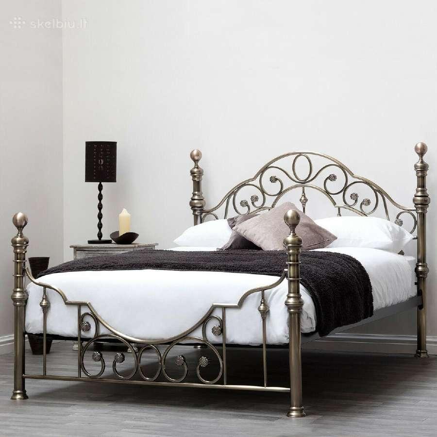 Naujos klasikinės metalinės lovos
