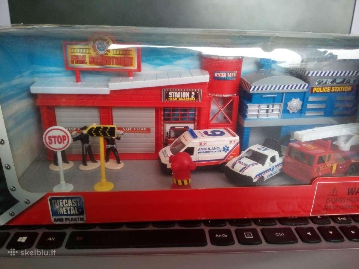 Policijos ir gaisrines rinkinys su masinomis