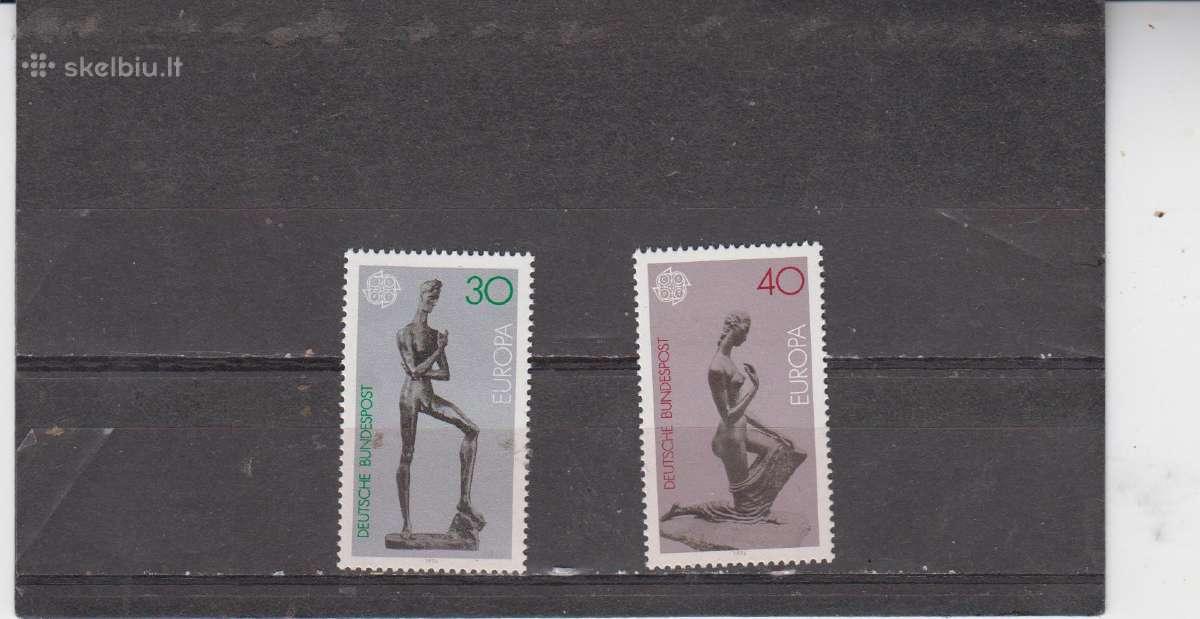VFR 1974m