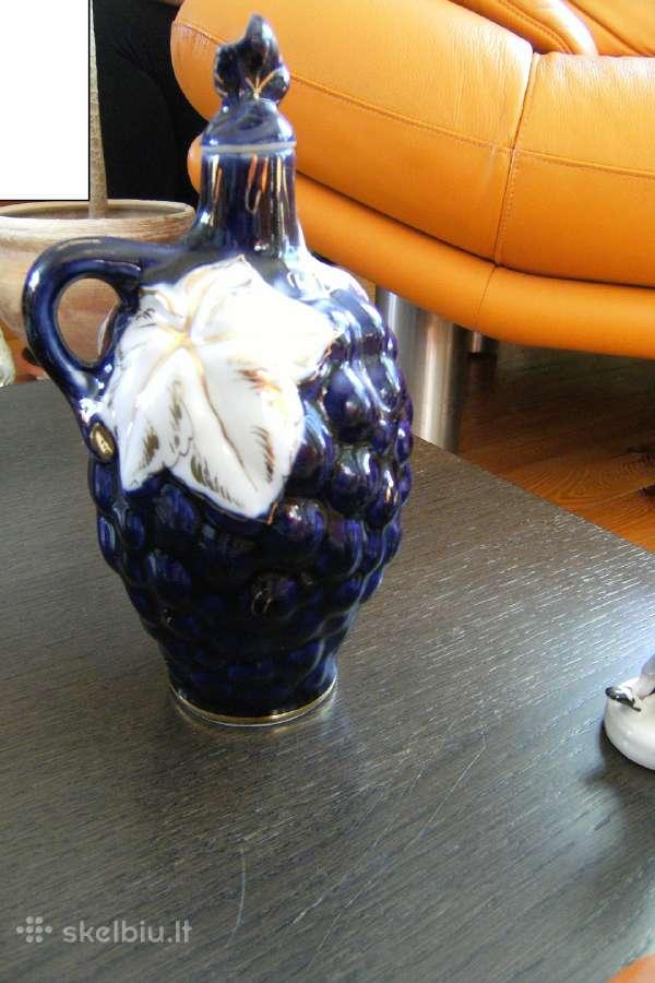 Porcelianinis grafinukas Lfz