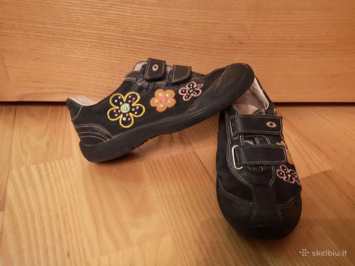 29d odiniai Naturino batai