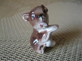 Porceliano statulele- kolekcijai .zr. foto