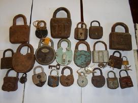Parduodu senovinias spynas ir raktus - nuotraukos Nr. 2