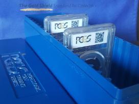 Dėžutė talpinanti 20 vnt. Pcgs sertifikuotų monetų