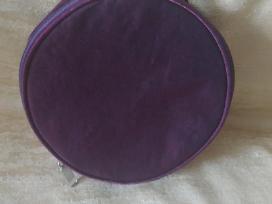 Violetinė apvali -rankinė-kosmetinė