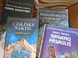 Knygos Pfaf serijos
