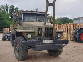 Ural 6x6 miškovežis