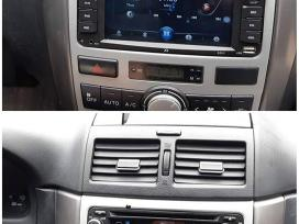 Toyota avensis verso android