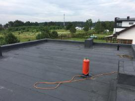 Plokščiu stogu dengimas, stogdengiai - nuotraukos Nr. 2