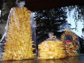 Šakočiai, šimtalapiai, kibinai, kepta duona
