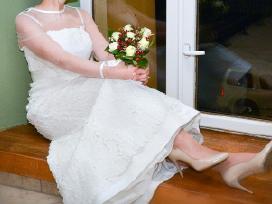 Klasikinė vestuvinė suknelė - nuotraukos Nr. 4