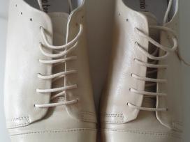 Stilingi odiniai vyriški šviesūs batai - nuotraukos Nr. 3