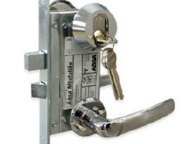 Šarvuotų durų spynų remontas,keitimas