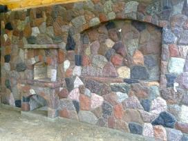 Darbai iš skaldyto bei naturalaus akmens