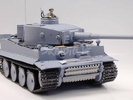 Naujas rc tankas german tiger su garsu ir dūmais