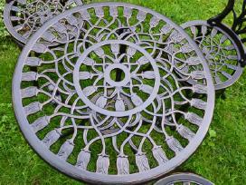 Nauji metaliniai staliukai ir suoliukai
