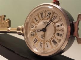 Rusiskas senas laikrodis slava