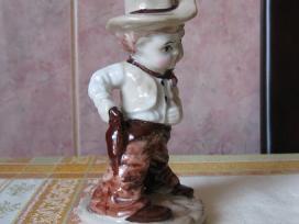 Porceliano statulele - labai grazi.zr. foto. . - nuotraukos Nr. 3