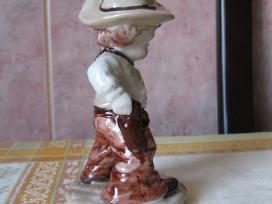 Porceliano statulele - labai grazi.zr. foto. . - nuotraukos Nr. 4