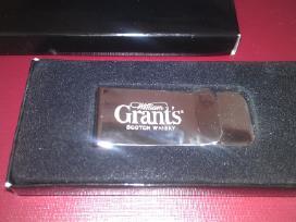 Pinigų segtukas dovanų dežutėjė Puiki dovana