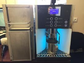 Wmf Presto kavos aparatas su pieno šaldytuvu