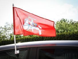 Automobilinės vėliavėlės, tautinė atributika