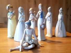 Parduodu Ispaniško porceliano figurėlių kolekciją.