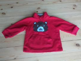 Raudonas džemperis