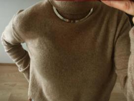 Sidabro spalvos kaklo papuošalas