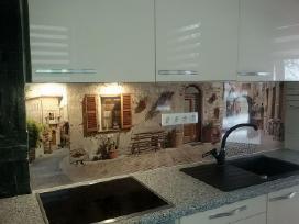 Virtuvės sienelės 280/61cm (Kaina 99 Euro/vnt.)