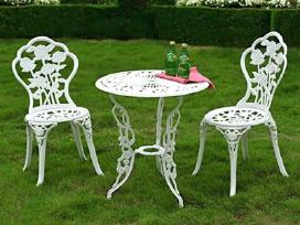Nauji balti metaliniai baldai