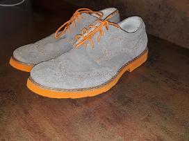 Mažai deveti batai Gbx 10 euru.