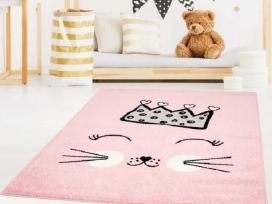 Vaikiški kilimai vaikų kambariui