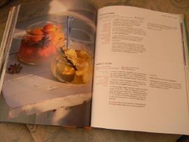 Knygos - nuotraukos Nr. 3