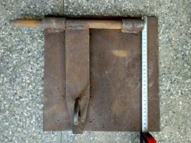 Storo metalo garažo skląstis