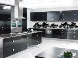 Virtuvinės sienelės 2800x610 - kaina 99€/vnt.