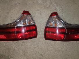 Toyota Sienna žibintai