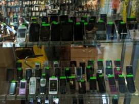 Urmu pigiai parduodu mobilius telefonus - nuotraukos Nr. 3