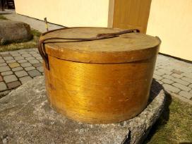 Senovinė dėžė skrybėlei Luterma V