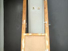 Nenaudotos medinės balkono durys